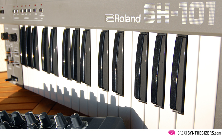Arturia MiniBrute and Roland SH-101