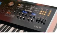 Roland V-Synth 6 rechts