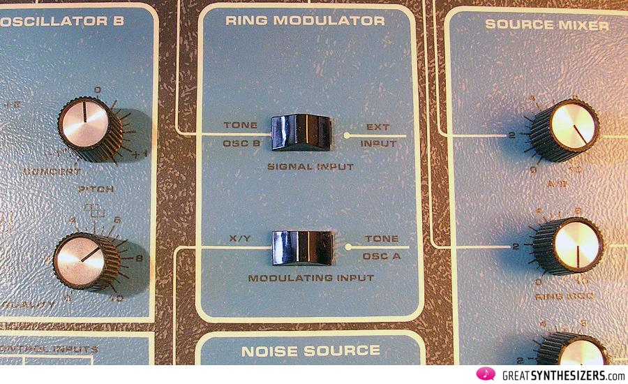 Moog-SonicSix-13