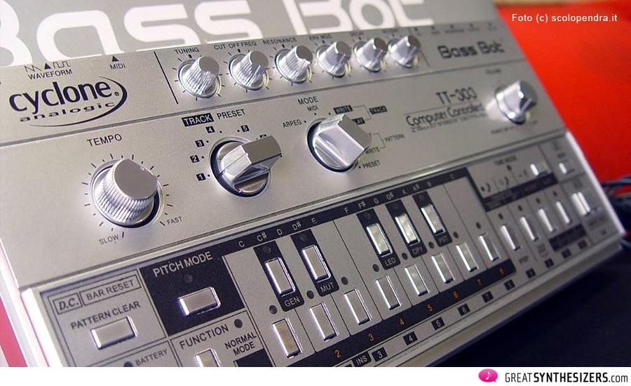 BassBot-TT303-01