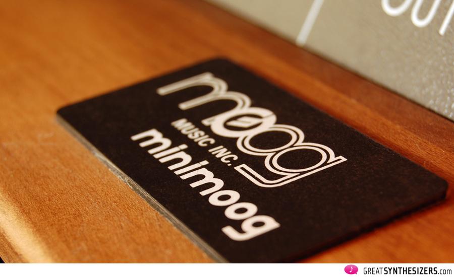 Minimoog6099-04