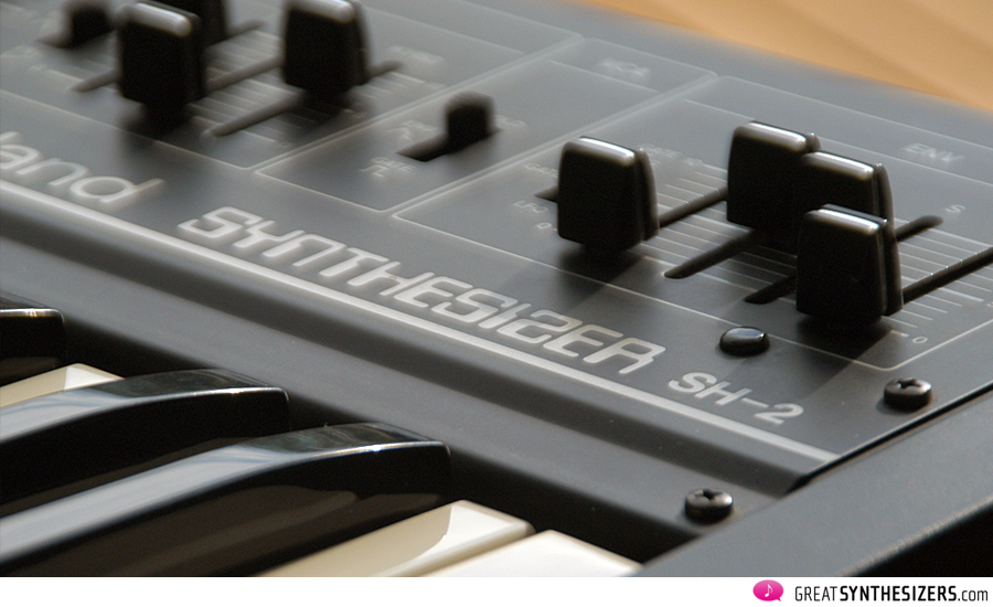 Roland-SH2-07