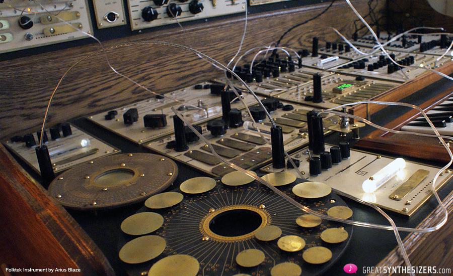 Folktek-Instrument-3