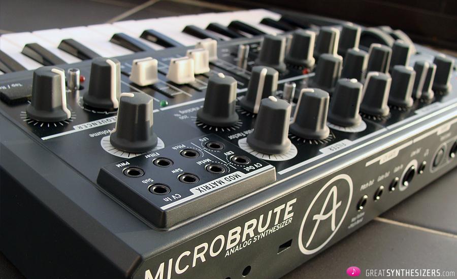 MicroBrute-Back