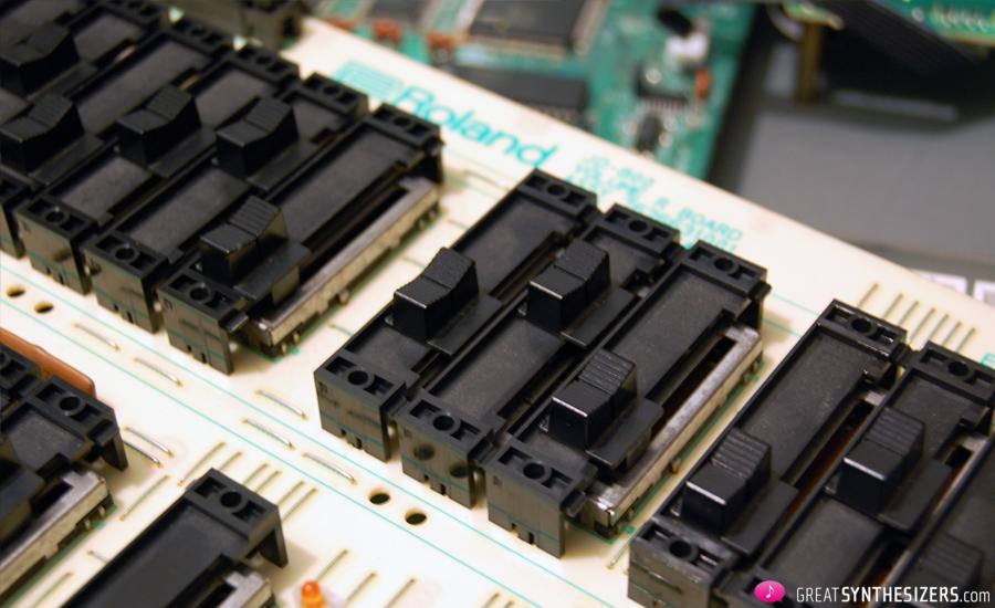 Roland-JD800-02