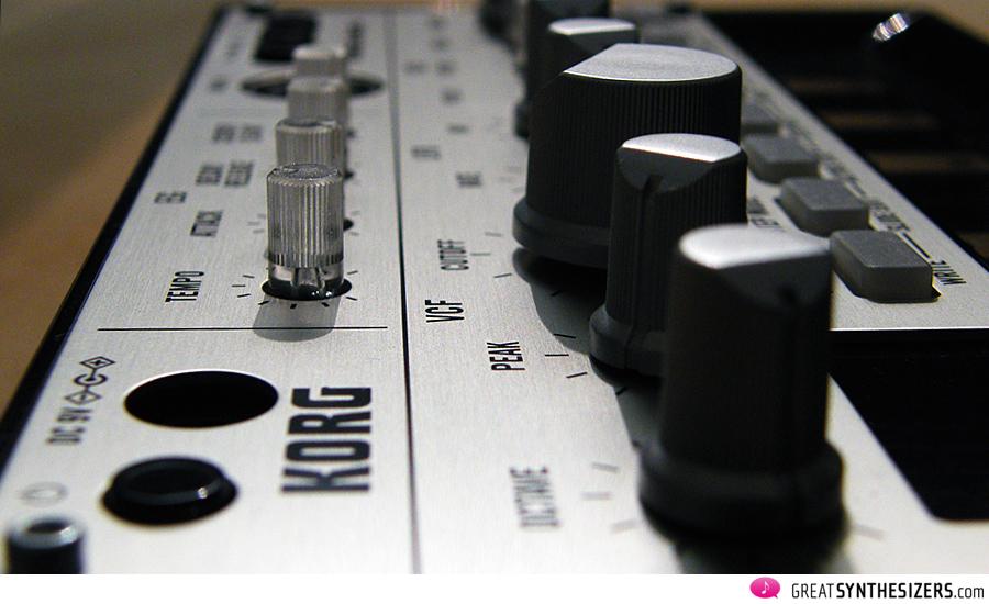 Korg-Volca-Bass-VCF