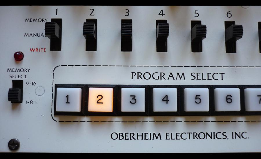 Oberheim-FourVoice-ForSale-06