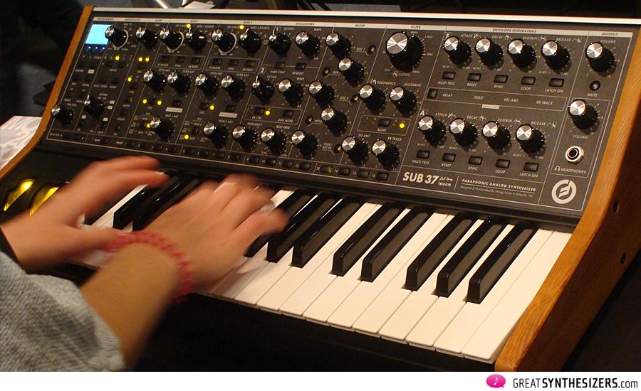 Frankfurter-Musikmesse-Synthesizer-36