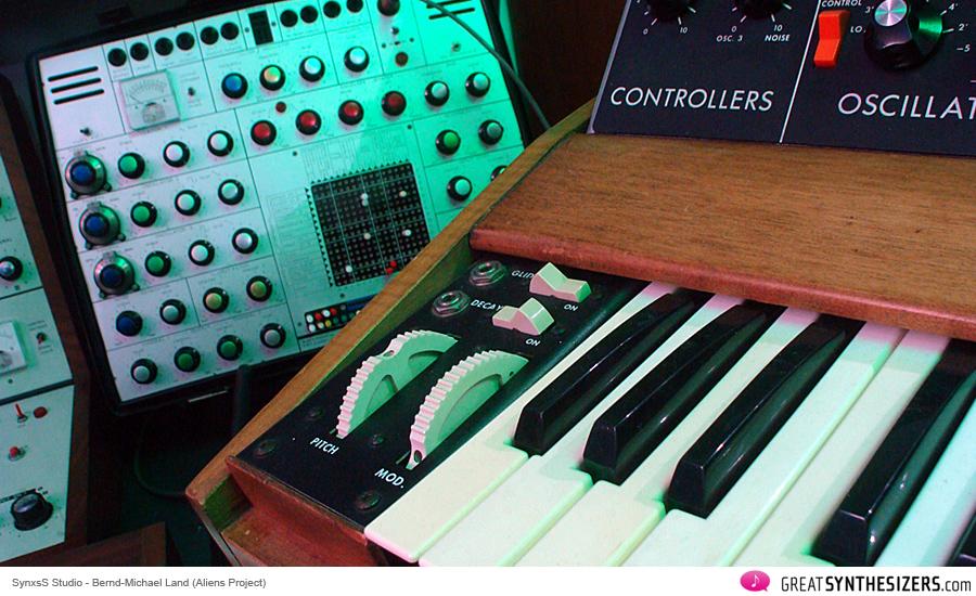 Frankfurter-Musikmesse-Synthesizer-98