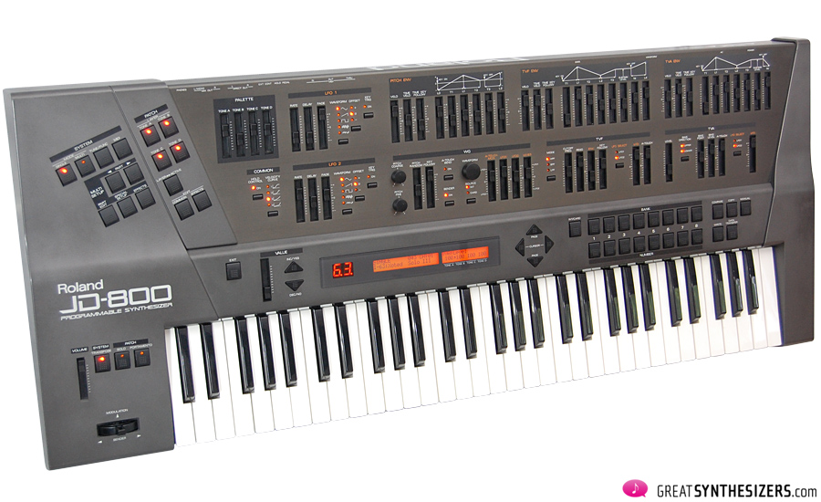 Roland-JD800-Synthesizer-01