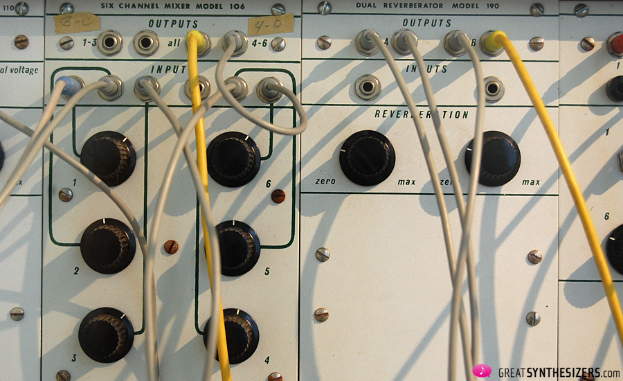 Buchla-Synthesizer1976-Krenek-05