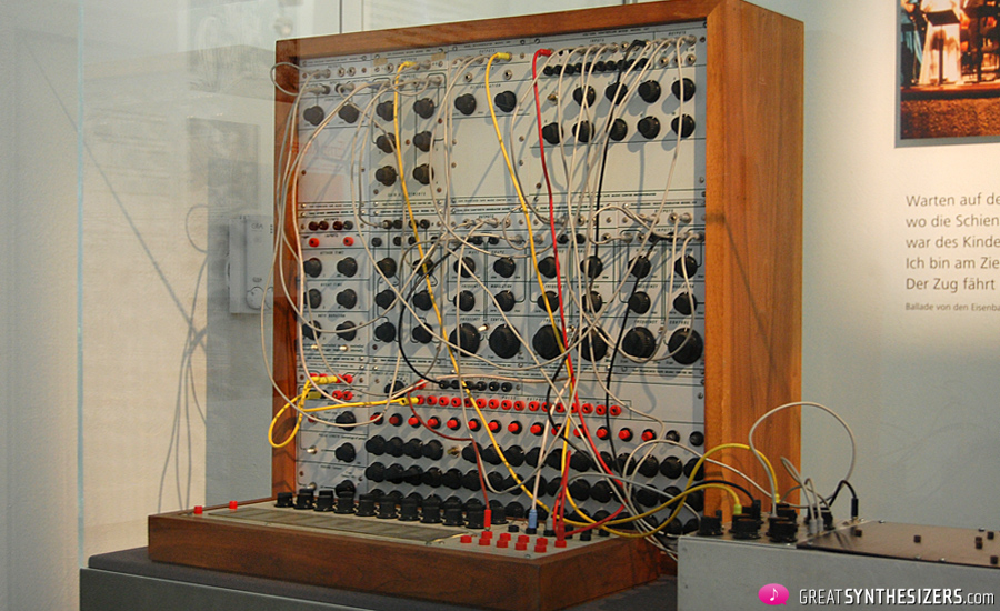 Buchla-Synthesizer1976-Krenek-22