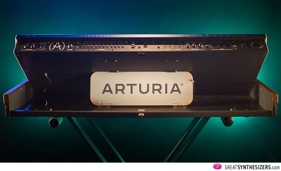Arturia-MatrixBrute-02