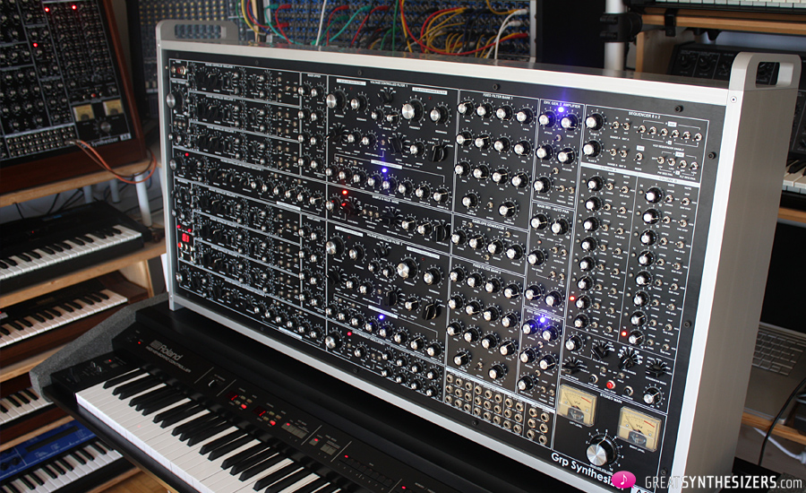 GRPA8-Synthesizer-Silver09