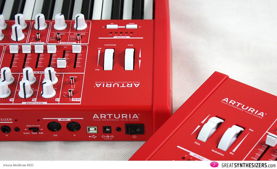 arturia-minibrute-red-04