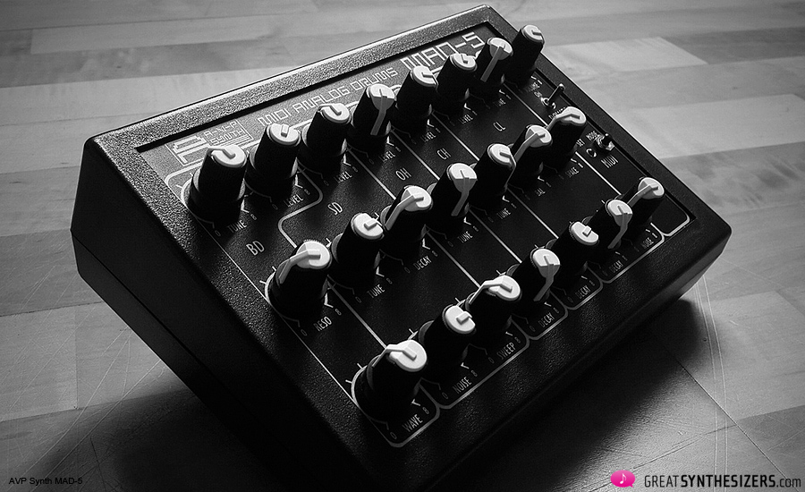 avp-synth-mad5-02