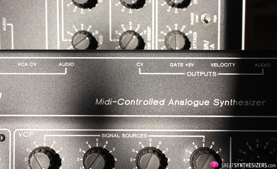 trax-retrowave-r1-synthesizer-03