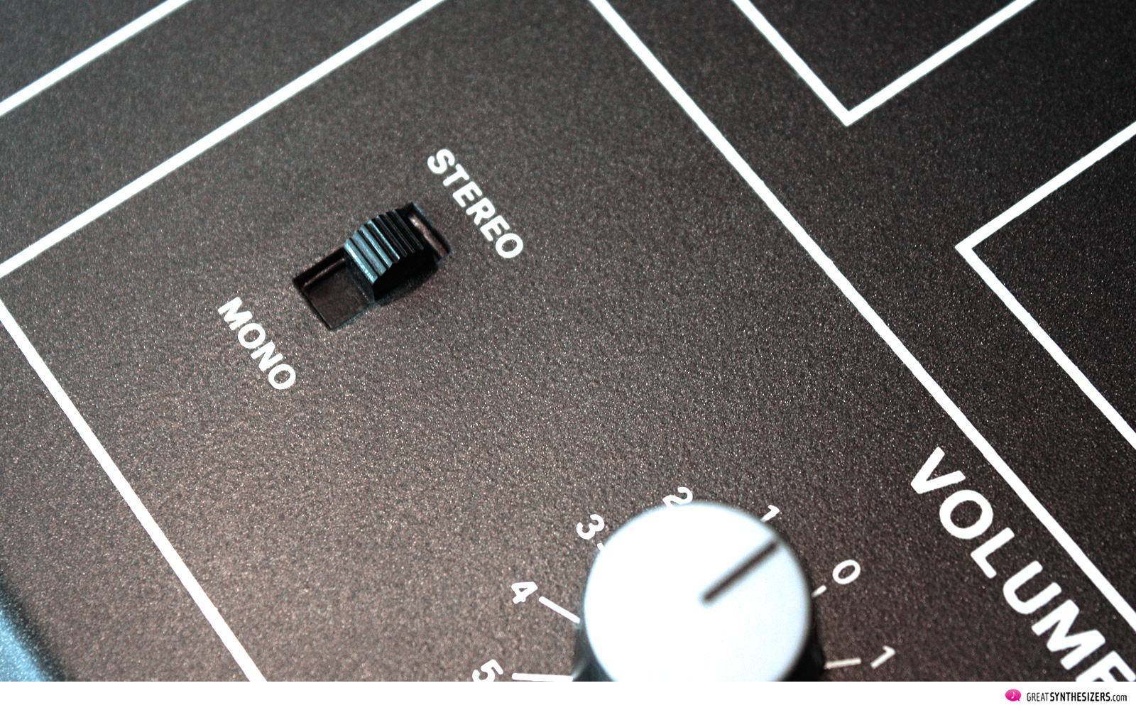 Elka Synthex Mono Stereo Switch